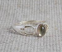 Серебряное кольцо с турмалином 18 размера. Серебряные кольца с камнями