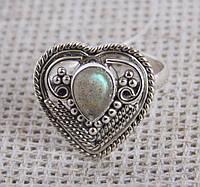 Серебряное кольцо с лабрадором 16,5 размер. Кольца и перстни