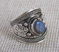 Перстень  с лабрадором(№2). Кольца с камнями