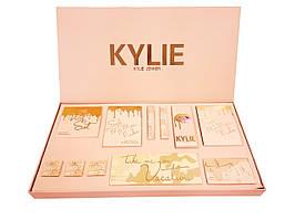 Набір декоративної косметики золотий Kylie Jenner