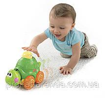 """Игрушка """"Веселая черепаха"""" от Fisher-Price для стимуляции ползания."""