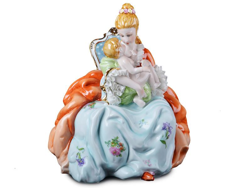 """Фарфоровая коллекционная статуэтка Lefard """"Прекрасное мгновение"""" 101-656"""