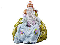 """Фарфоровая коллекционная статуэтка Lefard """"Прекрасное мгновение"""" 101-766"""