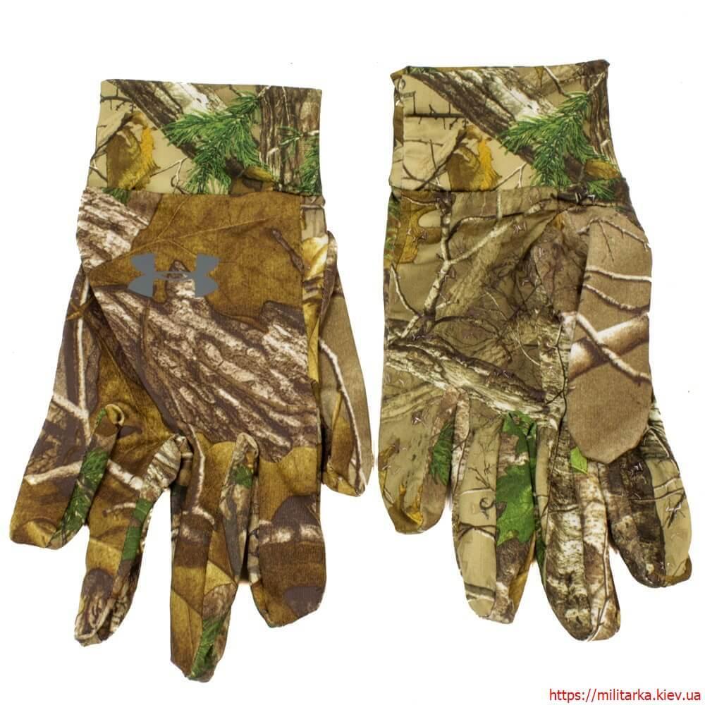 Перчатки Under Armour камуфляж лес
