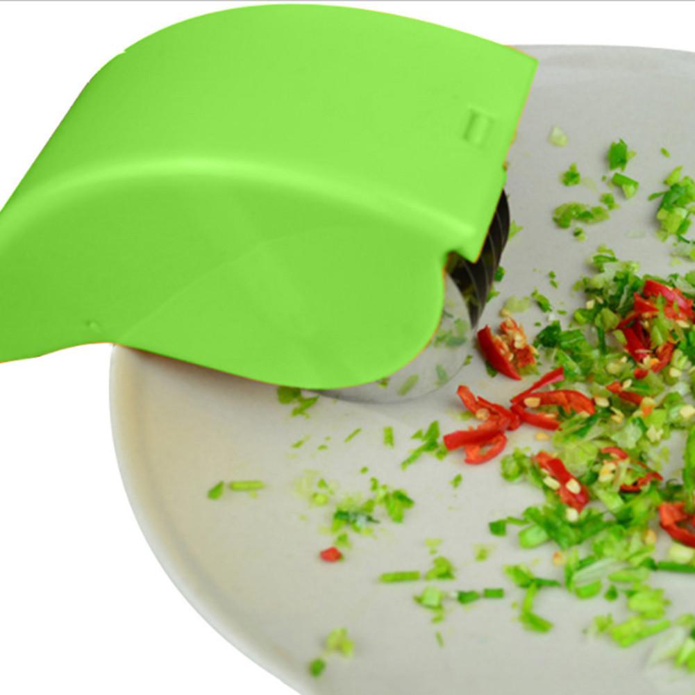 Роликовый нож для резки зелени и овощей!