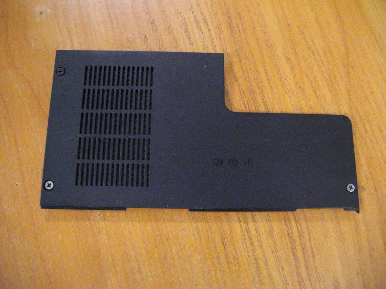 Крышка Люк Корпус от ноутбука Compaq Presario CQ56