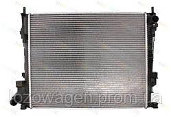 Радиатор двигателя на Renault Trafic 2006-> 2.0dCi THERMOTEC D7R038TT