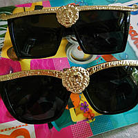 Брендовые  солнцезащитные очки медуза Versace