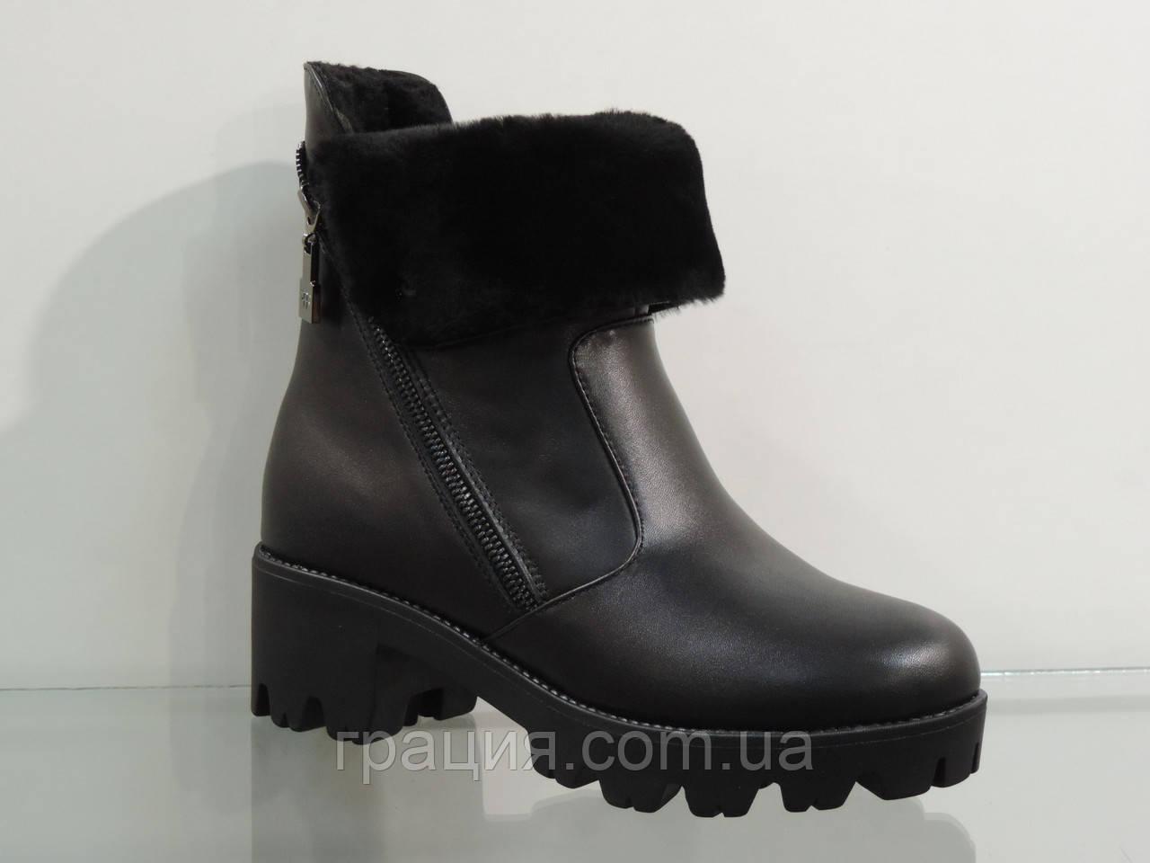 Стильные молодежные кожаные ботинки зима