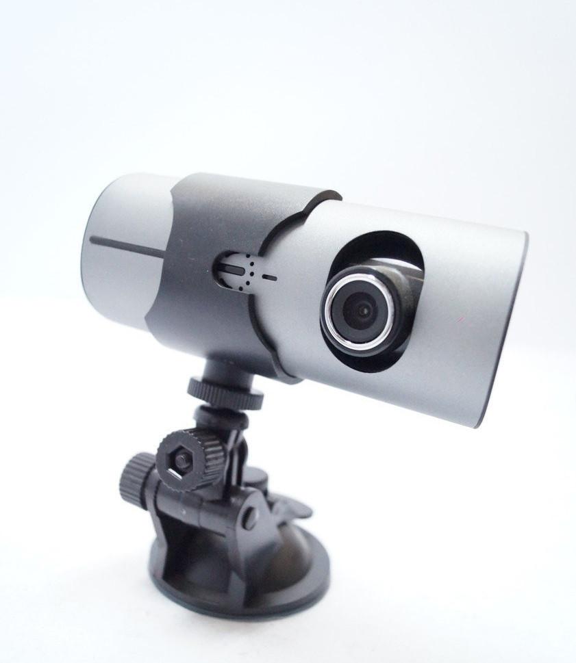 Автомобильный видеорегистратор Vehicle R300 c GPS навигатором на 2 камеры.