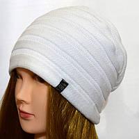Женская шапка NORD Кнопка белый