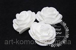 Головка розы латексная белая с круглими лепестками, 4-4,5 см
