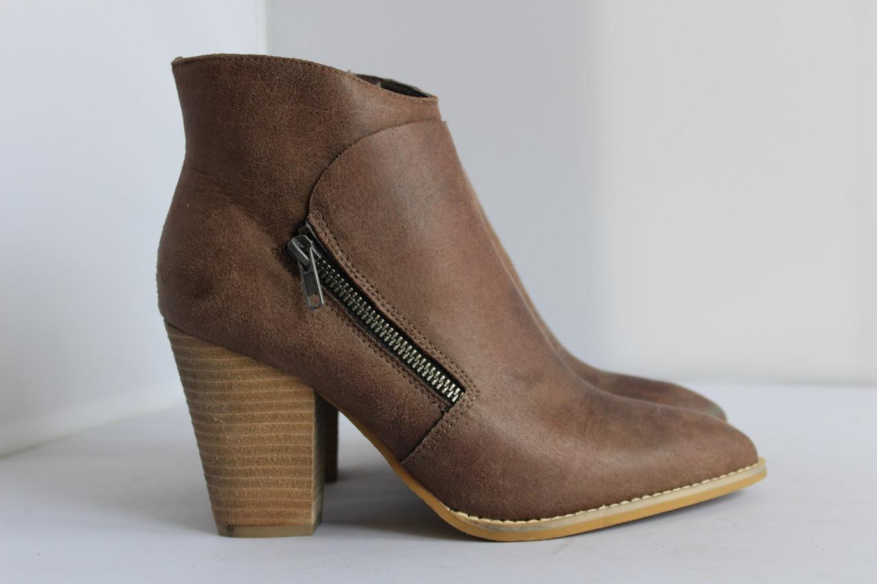 Женские ботинки Buffalo 39р.
