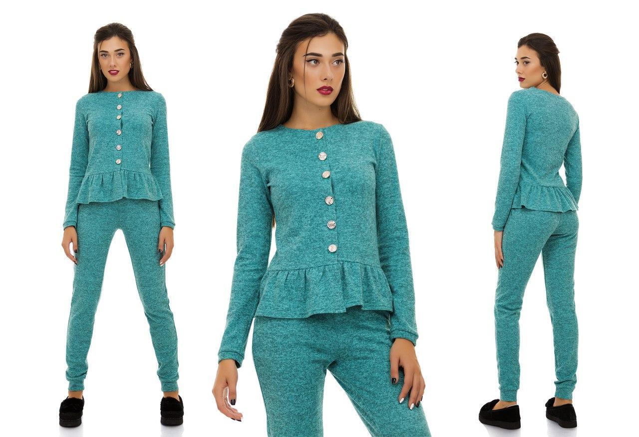 Ангоровый элегантный костюм: кофточка на пуговках и штаны