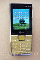 Мобильный телефон LG A395 / 4 сим / FM-радио / 1,3 Мп