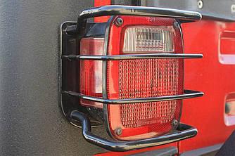 Захисні накладки на задні ліхтарі Jeep Wrangler TJ