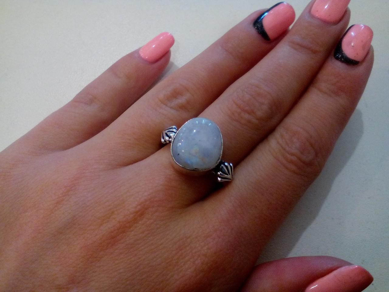 Лунный камень кольцо с лунным камнем в серебре 19-19,5 размер