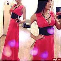 Красное платье в пол с черным поясом