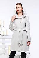 Модное шерстяное пальто полуприталенного силуэта под пояс