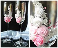 Свадебные бокалы в нежно-розовом цвете