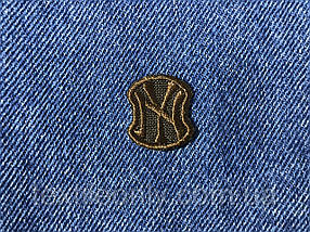 Нашивка New York s колір коричневий 20x23 мм