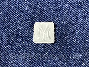 Нашивка New York s квадрат  цвет белый 20x20 мм