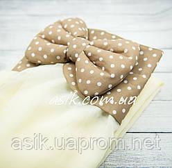 Балдахин в кроватку с воланом коричневого цвета в горошек