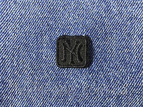 Нашивка New York s квадрат  цвет черный 20x20 мм