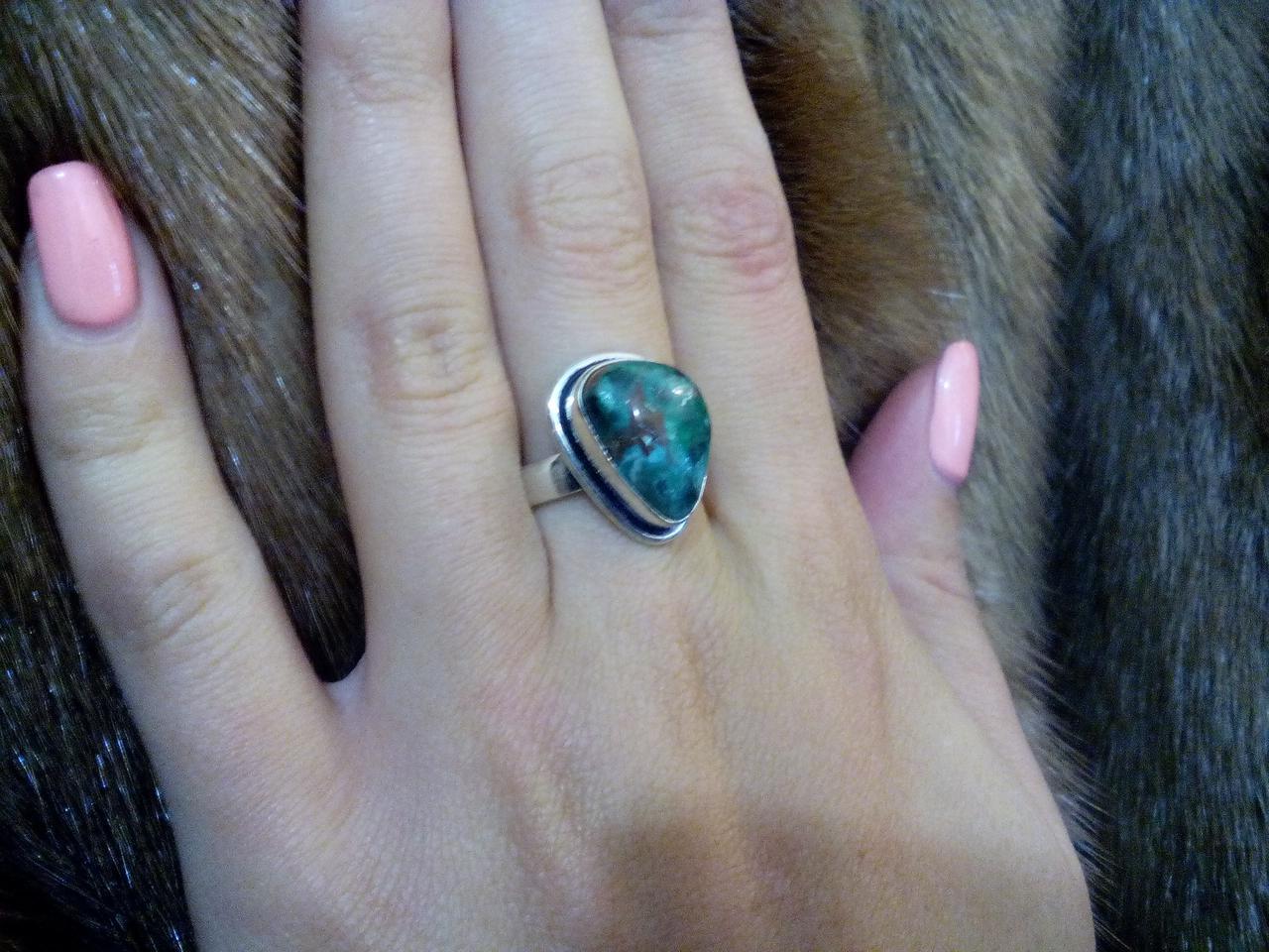Красивое кольцо с камнем хризоколла в серебре кольцо с хризоколлой 19,5 размер