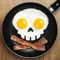 Форма для жарки яиц череп black
