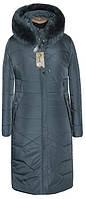 Стёганное зимнее пальто полу приталенного силуэта с натуральным мехом серого цвета 50-66 размера