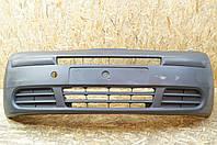 Бампер передний б/у Renault Trafic 2 7700312785