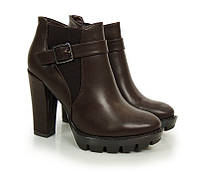 Женские ботильоны, ботинки на тракторной подошве коричневого цвета