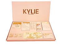 Набор косметики Kylie Jenner (тени, хайлайтеры, пигменты, матовые помады)