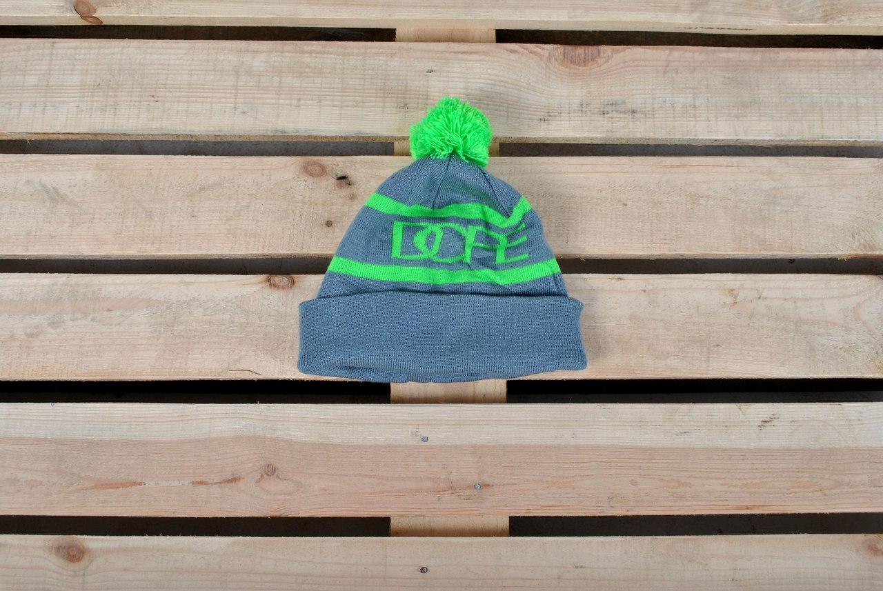 Молодежная зимняя шапка с помпоном Dope