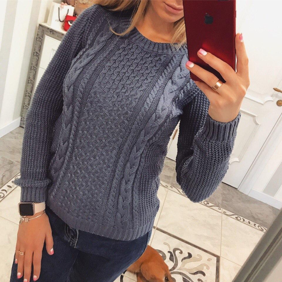 Оригинальный женский свитер на зиму