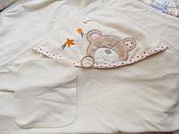 Детское полотенце с уголком для купания.