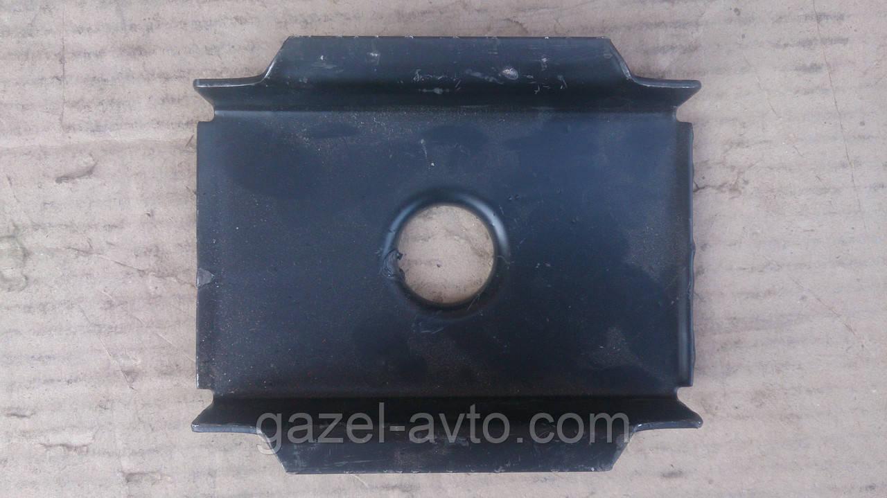 Обойма подушки рессоры задней (прокладка металическая) Волга (пр-во Россия)