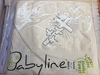 Белое махровое полотенце с уголком для крещения