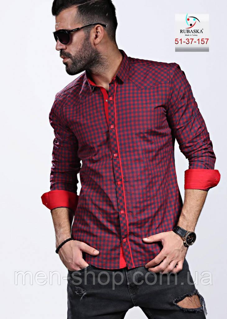 Бордовая мужская рубашка в мелкую клетку