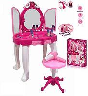 Розовый туалетный столик для девочки