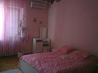 Сдаю посуточно квартиру  с хорошим ремонтом на Лукьяновке