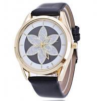 Женские кварцевые часы Кувшинка черные  060-2 Код:20320