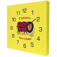 Настенные квадратные часы на холсте (10 фото)