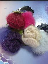 Резинка проста з вязаною квіткою