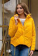 Демисезонная женская стильная куртка свободного кроя на силиконе желтая 90144