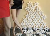 Новогодний декор из пенопласта. Украшение офиса, витрины к Новому году