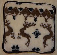 Подушки із овечої шерсті .
