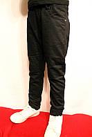 Чорні підліткові брюки на флісі для хлопчиків від 6 до 14 років. Виробник Польша.