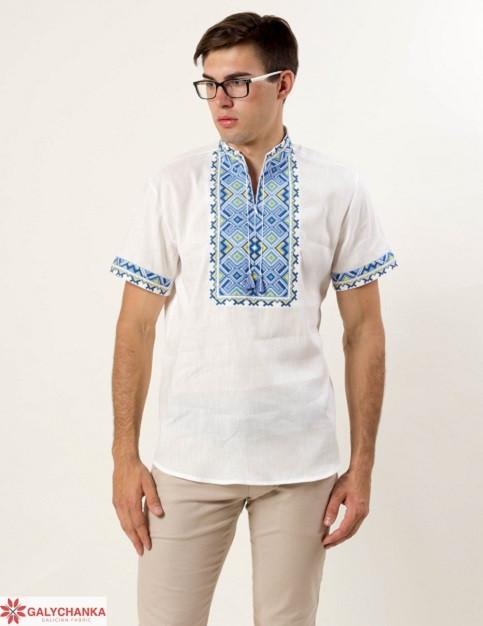 Нарядная мужская сорочка из льна с коротким рукавом расшита сине-желтым орнаментом